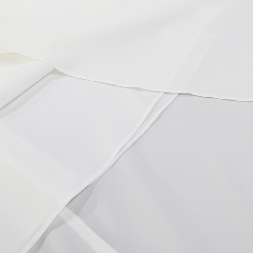 우주스튜디오(WUZU STUDIO) 백 브이 원피스 베이직 화이트